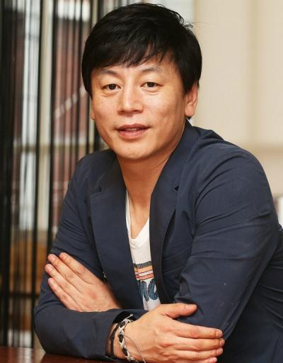 Kim_Yong-Hwa-